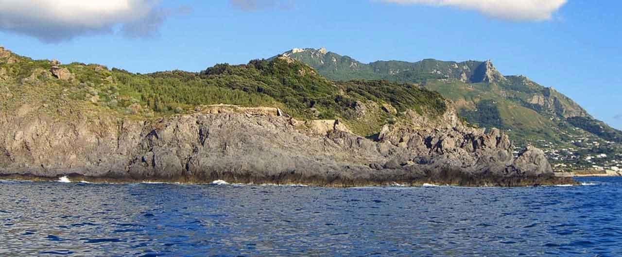 spiaggia di punta caruso a ischia
